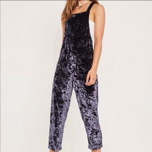 NWT Urban Outfitters black crushed velvet overalls